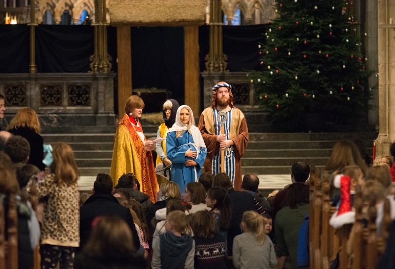Worcester Cathedral Crib Service 2017